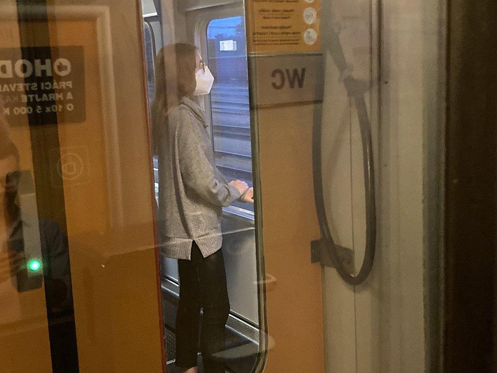 Až k Jadranu čekala cestující ještě dlouhá cesta.
