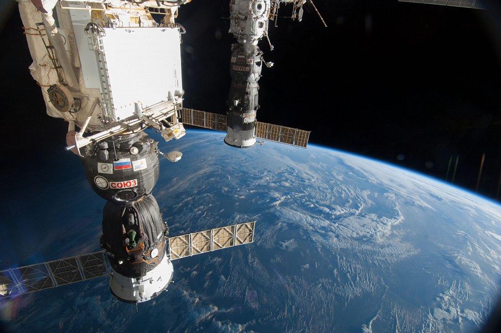 Vesmírná loď Sojuz, která je součástí Mezinárodní vesmírné stanice ISS