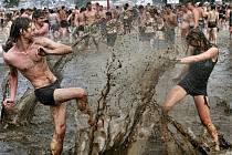 Sex, bahno a rock´n´roll. Takový byl polský Woodstock v létě 2010