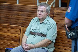 Lékař Jaroslav Barták před soudem