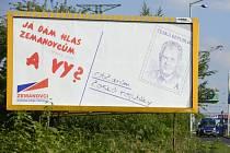 Předvolební billboard Strany práv občanů-zemanovců (SPOZ) s tváří prezidenta Miloše Zemana.