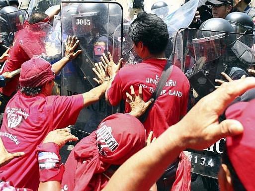 Opoziční demonstrace v Thajsku. Ilustrační foto