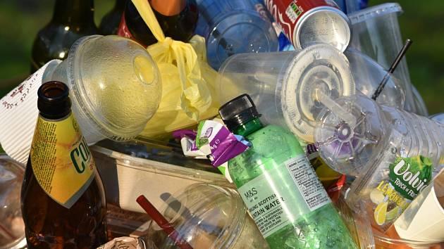 Jednorázové plasty - Ilustrační foto