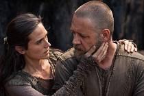 NOE. Jedním z očekávaných filmů týdne je originální pohled Darrena Aronofského na známý biblický příběh (na snímku Russel Crowe v titulní roli a Jennifer Connelyová).