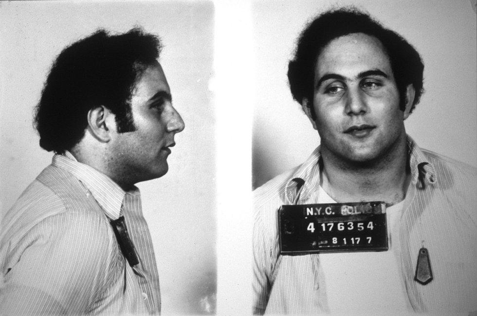 David Berkowitz na policejním snímku z roku 1977
