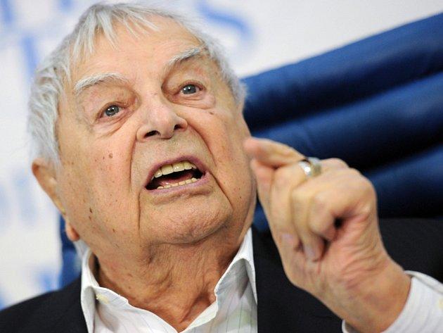 Ve věku 97 let zemřel legendární ruský režisér Jurij Ljubimov, který patřil k největším osobnostem evropského divadla minulého století.