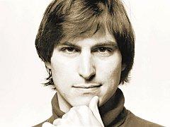 ZAKLADATEL. Vizionář, génius a umělec Steve Jobs.