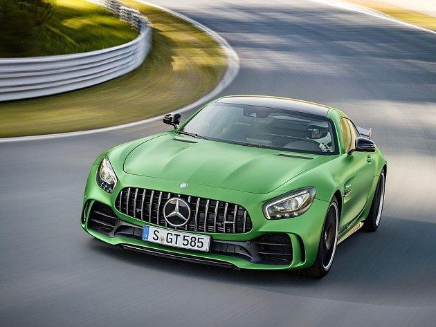Mercedes-AMG GT R.