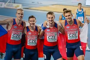 Závod štafet čtvrtkařů na halovém mistrovství Evropy 2021