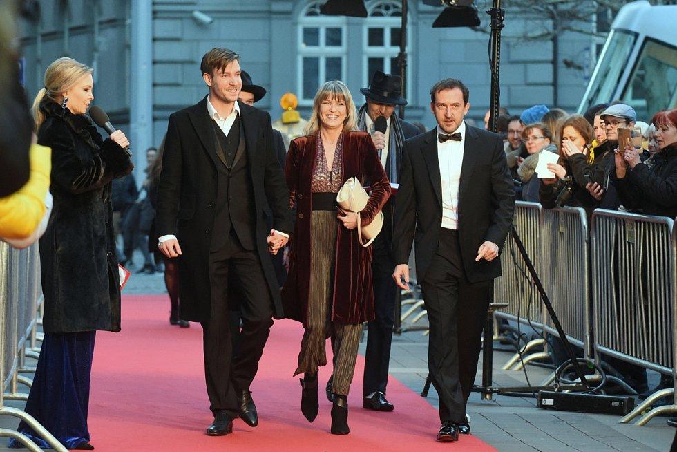 Vladimír Polívka se svou maminkou Chantal a hercem Martinem Hofmannem