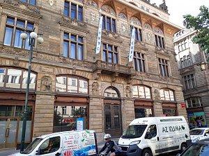 CEFC v pražské budově bývalé Živnobanky