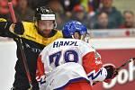 Zápas Euro Hockey Challenge: ČR - Německo 17. dubna 2019 v Karlových Varech. Zleva Gerrit Fauser z Německa a Robin Hanzl z Česka.
