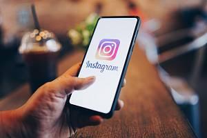 Instagram. Sociální síť, která je zaměřená na fotografie.
