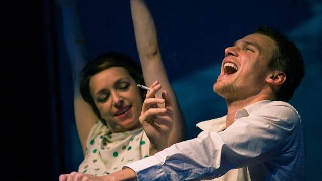 Tatiana Vilhelmová a Vojtěch Dyk si v La Fabrice společně hrají na film.