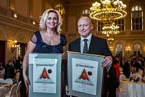 Manažerem roku 2014 se stal 23. dubna generální ředitel společnosti ČEZ Daniel Beneš, manažerkou roku ředitelka společnosti Petrof Zuzana Ceralová Petrofová. Ocenění převzali v pražském Žofíně.