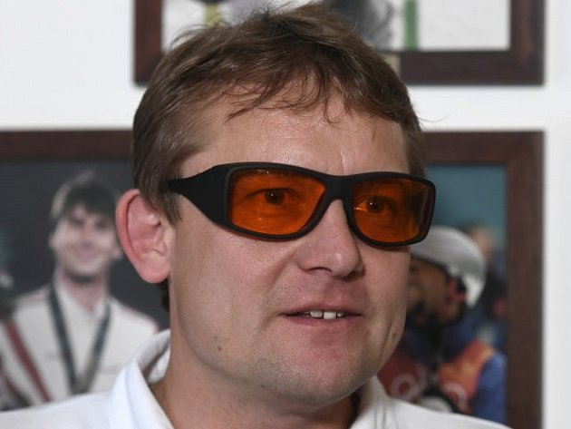 """Martin Doktor sám vyzkoušel """"aklimatizační"""" brýle"""