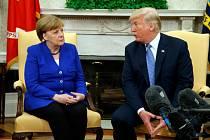 Americký prezident Donald Trump a německá kancléřka Angela Merkelová