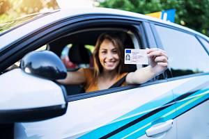 Pro kontroly řidičů bez nutnosti předkládání řidičského průkazu je ještě třeba udělat hodně práce