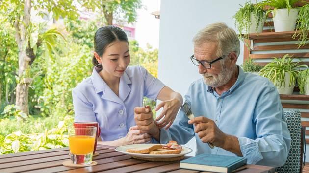 Rozvoz obědů nabízejí často také nemocnice nebo charitativní organizace.