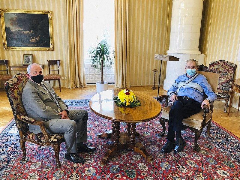 Prezident Miloš Zeman jmenoval novým ministrem zdravotnictví Romana Prymulu