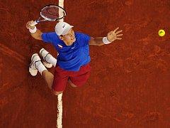 Servírující Tomáš Berdych se snažil, skvělý Nadal byl však k neporažení.