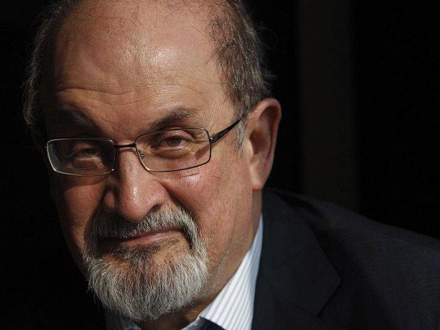 První obšírná zpověď Salmana Rushdieho o tom, co pro něj a rodinu znamenalo devět let skrývání, se jmenuje Joseph Anton, jméno, pod kterým tegdy vystupoval. Knihy nyní vychází i česky.