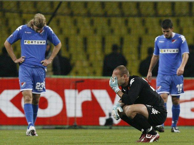 Smutek hráčů Baníku po utkání. Remíza v Moskvě znamená vyřazení z poháru UEFA