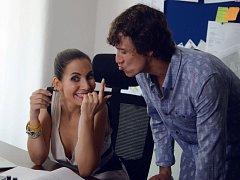 Eva Decastelo dohodila Martinu Krausovi hlavní roli ve filmu. Na snímku v seriálu Cesty domů