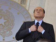 Ve volbách soupeří o přízeň Italů komik Beppe Grillo.