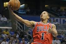 Basketbalista Chicaga Derrick Rose.