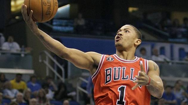 Basketbalista Chicaga Derrick Rose.