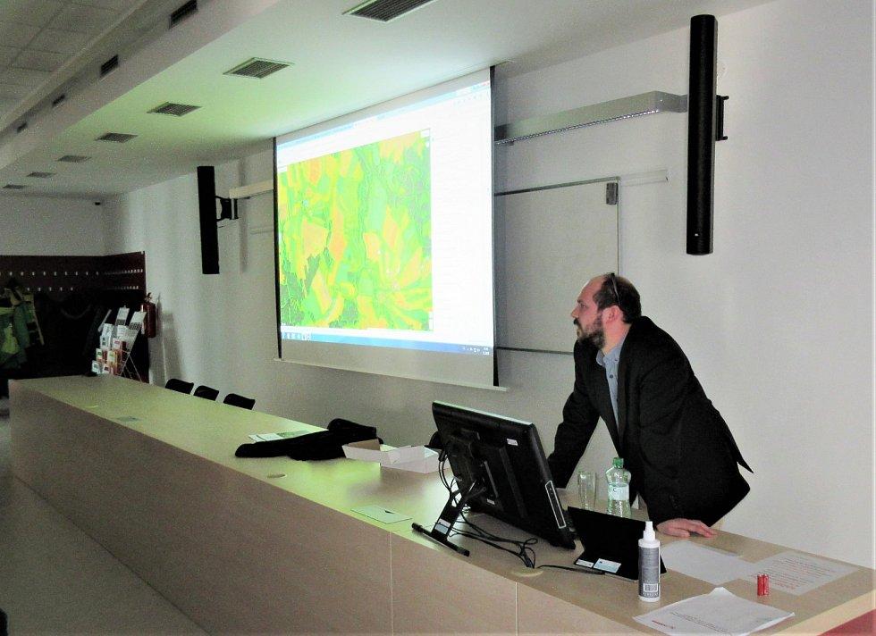Společnost Agdata na prezentaci na Jihočeské univerzitě