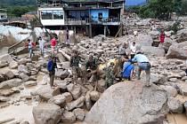 Při sesuvech půdy v Kolumbii zahynulo více než 150 osob