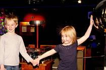 Zábavně-naučné centrum iQpark, které je prvním science centrem v České republice, si zakládá na interaktivnosti a hravosti většiny exponátů.