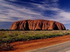 Monolit Uluru v Austrálii.