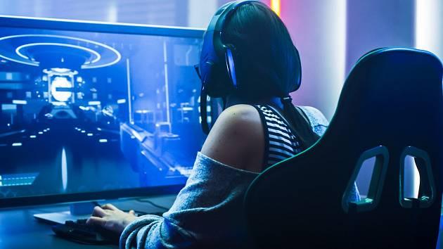 Je hraní na počítači sport?