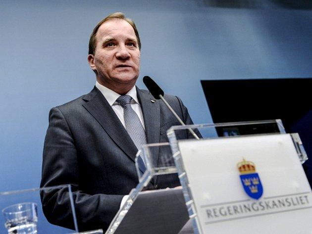 Plných 69 procent švédských voličů je spokojeno s tím, že se premiér Stefan Löfven rozhodl vypsat na příští rok předčasné volby.