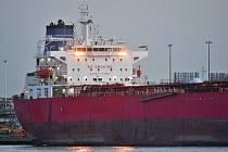Tanker Nave Andromeda, který ze spárů únosců zachránila specální jednotka
