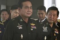 Šéf armády Prajutch Čan-Oča.