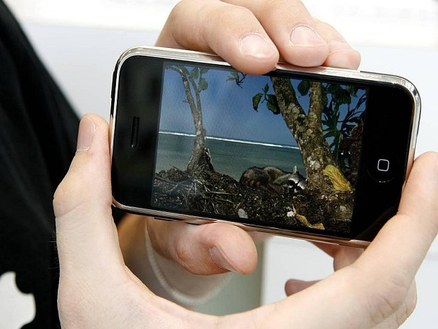 iPhone - ilustrační foto