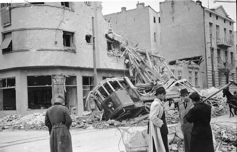 Bombardování Bělehradu 6. dubna 1941 v ranních hodinách