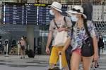 Cestující na letišti ve Splitu