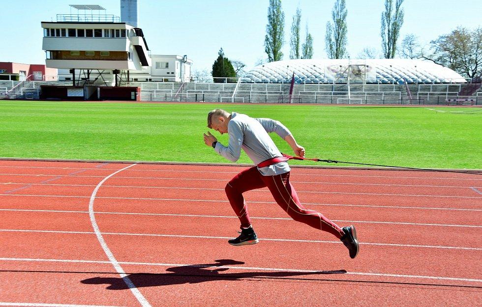 Na Julisce už trénuje i sprinter Dominik Záleský.