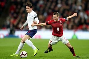 Vladimír Darida (vpravo) proti Anglii.