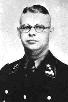 Hans Krüger, kapitán SS a šéf gestapa ve Stanisławówě, člen nacistických vraždících skupin Einsatzgruppen, působících během druhé světové války na východní frontě
