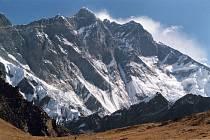 Jižní stěna Lhoce, čtvrté nejvyšší hory světa.