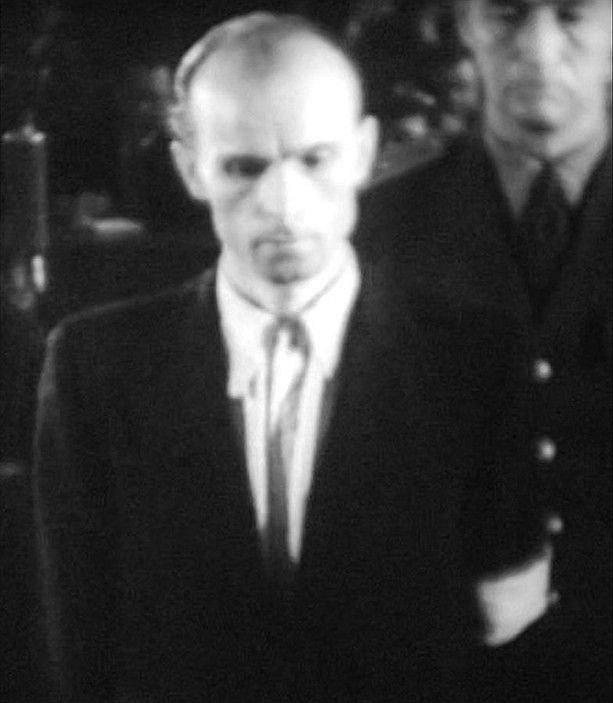 Václav Mrázek před soudem, který ho odsoudil k trestu smrti