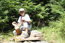 Část cesty lemovala dřevěná zvířátka. Velmi příjemná galerie.