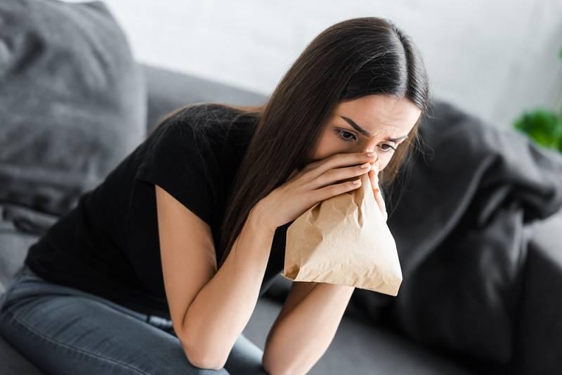 Pokud je vám nad 35 let a častěji se zadýcháváte a jste hodně unavení, měli byste okamžitě navštívit lékaře.