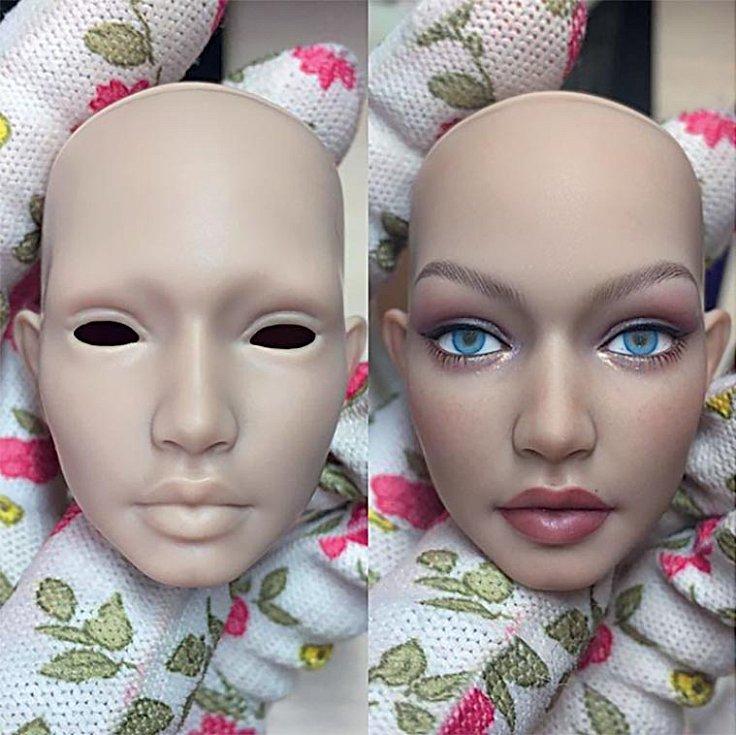 Přední půlka hlavy panenky před face-upem vypadá trochu jako zhororu. Když se dosadí oči apřidají barvy, je to jiné kafe.